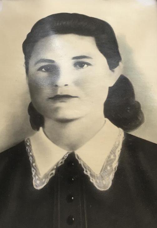 Сухаренко (Артюх) Нина Трофимовна