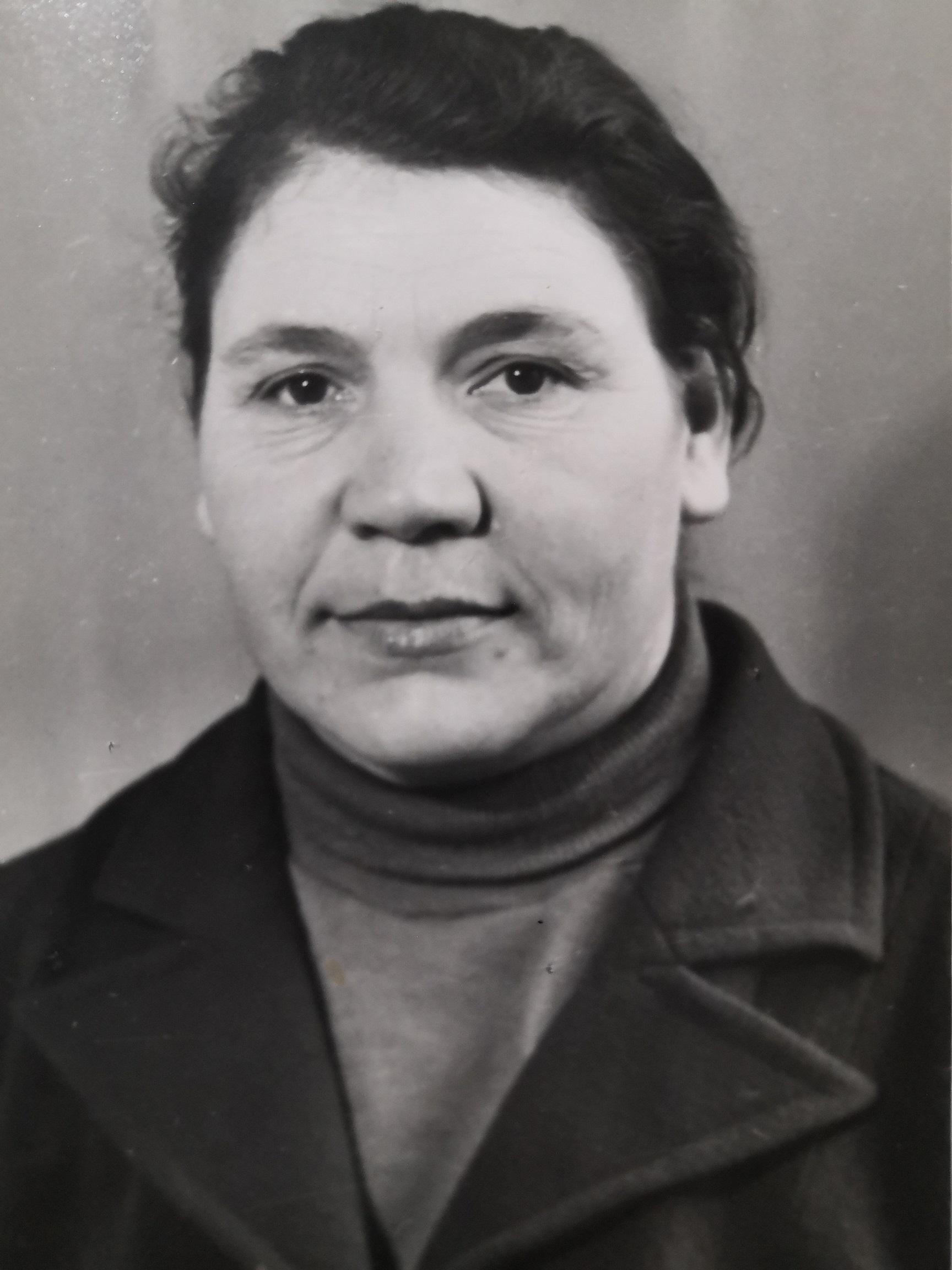 Гришина (Лактионова) Алла Тихоновна